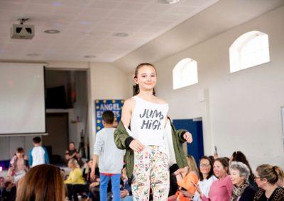 gallery-fashionshow 2019-DSC_8384-57
